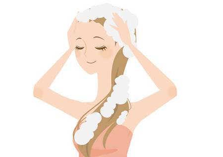 頭皮が乾燥する原因は洗いすぎ?薄毛に発展する前に対策を!