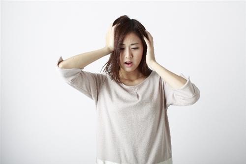 女性の薄毛の原因と対処法